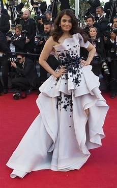 Cannes Festival 2015 Glamorous Aishwarya