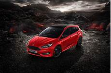 ford focus rot ford focus edition and black edition available for
