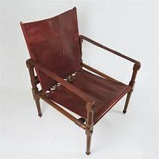 vintage stuhl vintage safari stuhl aus kastanienbraunem leder holz