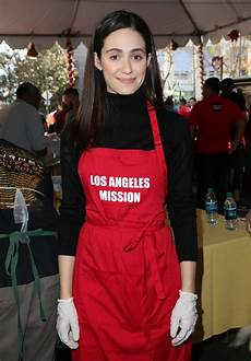 l émission emmy rossum los angeles mission thanksgiving for the homeless at the los angeles mission 11