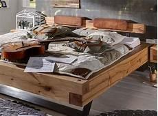 Einzelbett Selber Bauen - bett aus eiche balken heavy sleep pickupm 246 bel de
