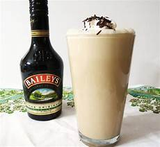 baileys how to drink top 10 baileys irish cream drinks with recipes