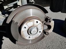 changer plaquette de frein arriere changer les plaquettes de frein arri 232 re sur peugeot 308