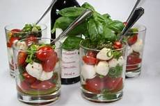 tomaten cocktail im glas rezept in 2020 vorspeisen im