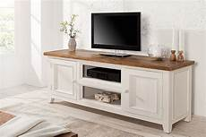 tv lowboard weiß landhausstil hochwertiges tv lowboard byron pinienholz wei 223 vintage