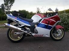1998 Honda Cbr 1100 Blackbird Picture 2615658