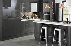 couleur meuble cuisine 62912 cuisine gris anthracite 56 id 233 es pour une cuisine chic et moderne