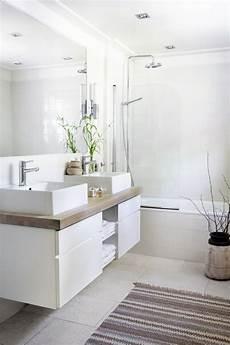 résine pour salle de bain pour une salle de bains scandinave monochrome