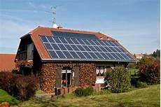 installation panneau solaire maison panneaux solaires maison r 233 novation