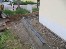 terrassenplatten ohne randstein verlegen preshcool