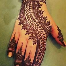 900 Gambar Henna India Simple Infobaru