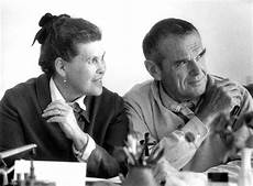 Charles Ray Eames Official Site Of Charles And Eames
