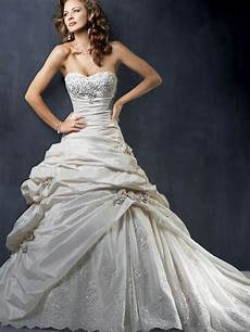 kim kardashian married dubai fashion designer wedding dresses