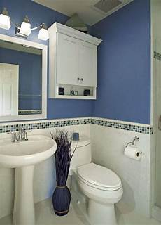 Small Bathroom Ideas Blue And White by Decorating A Small Bathroom In The Simplest Way On A Tight