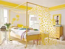 pretty things design happy yellow bedroom