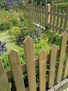 Barriere De Jardin Cl 244 Turer Jardin Jardins Et Potagers Outdoor Decor