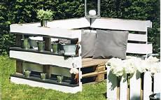 gartenmöbel aus paletten selber bauen anleitung zuverl 228 ssig gartenm 246 bel aus paletten selber bauen