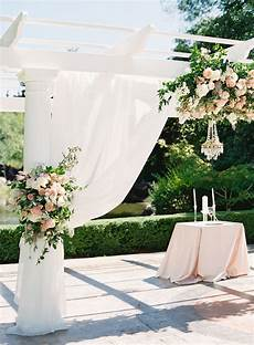 pros cons of our top 5 seattle outdoor wedding venues just a bit