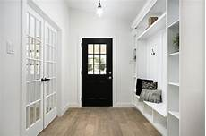 20 best white paint colors for home staging and redesign