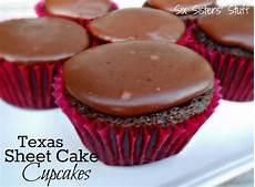 texas sheet cupcakes texas sheet cake cupcakes six stuff