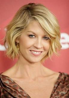 Modern Hairstyles For 40