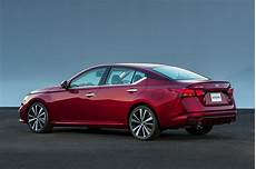 new 2019 nissan altima price photos reviews safety