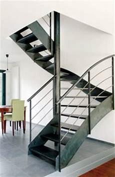 escalier d intérieur design un escalier en acier et b 233 ton on metals photo