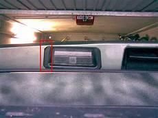 birne kennzeichenlicht wechseln almera nissanboard
