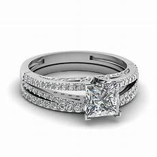 split princess cut diamond wedding ring in 14k white