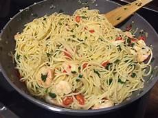 spaghetti mit garnelen spaghetti mit chili knoblauch und garnelen cyberlady
