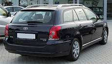 file toyota avensis combi ii facelift 2 0 d 4d sol rear