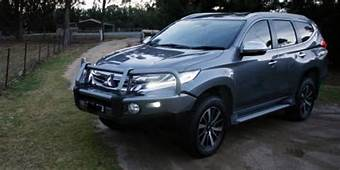 Mitsubishi Pajero Sport Review Specification Price