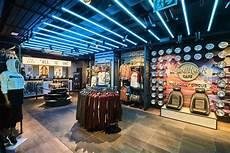 Rock Cafe Piccadilly Circus Opens The Doors Rus