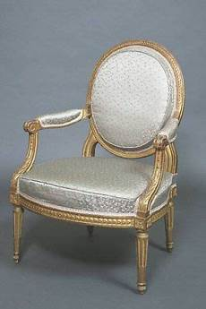 Louis Seize Stuhl - louis xvi medallion chair furniture style reference 1