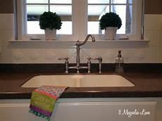 How To Paint Kitchen Tile Backsplash Painted Ceramic Tile Backsplash In My Kitchen A Year