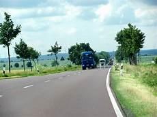 lkw geschwindigkeit landstraße lohnt es sich auf der landstra 223 e lkw zu 252 berholen meine