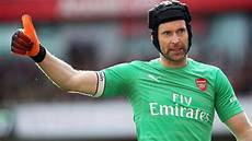 but why does petr čech always wear a helmet oh my goal youtube