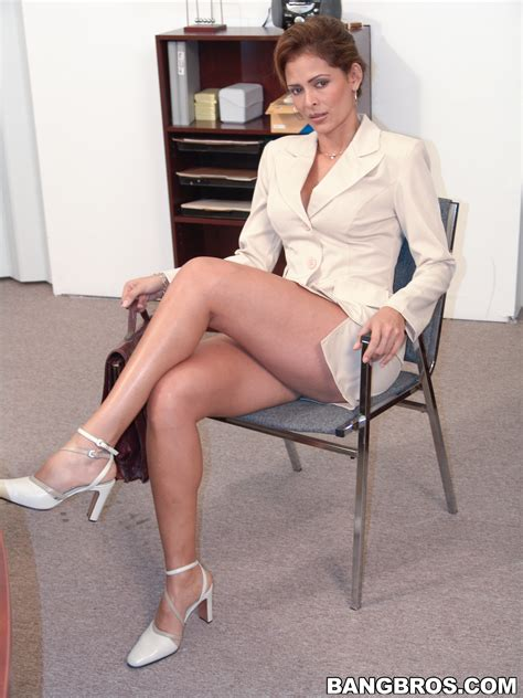 Gaetane Thiney Sexy