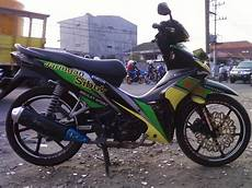 Revo Fit Modif by Gambar Modifikasi Stiker Motor Revo Fit Modif Sticker