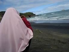 Foto Wanita Muslimah Dari Belakang Foto Cewek Cantik