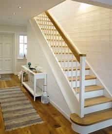 Farben Treppenhaus Beispiele - treppenhaus gestalten landhausstil aiorce