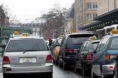 ou se garer a geneve les taxis genevois veulent changer trois points de la