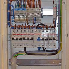 Elektrischer Schalter Anschlie 223 En Sosskachat