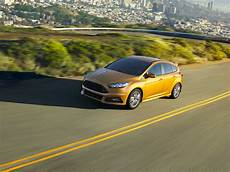 ford focus 2018 st new 2018 ford focus st price photos reviews safety