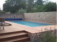 comment installer une piscine semi enterrée terrasse piscine semi enterree