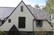painted stucco and trim stucco benjamin sail cloth trim benjamine tudor brown http