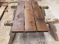 baumscheibe tischplatte gartentisch bohlen eigenbau