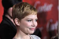 try these short hairstyles for girls according to your face shape