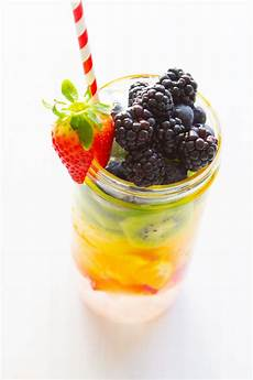 3 delicious cleanse detox waters