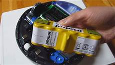 Batterie Irobot Roomba Irobot Roomba How To Remove The Battery